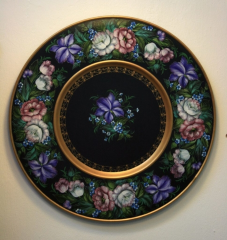 Russian Florals on Round Tray - decorative art classes