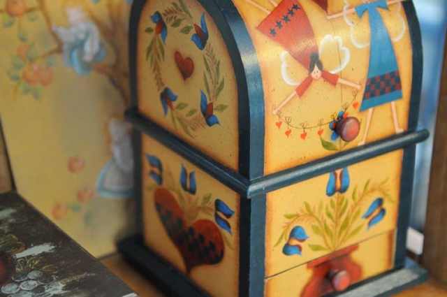 Decorative Painting Classes - Painted Box